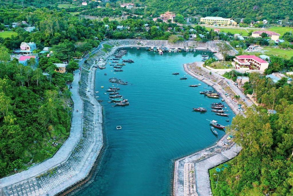 Điểm neo đậu tàu thuyền tránh bão gió đảo Cù Lao Chàm
