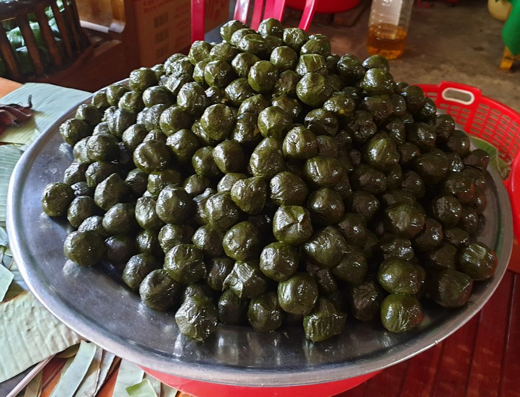 Đặc sản Bánh Ít làm từ là rừng Cù Lao Chàm