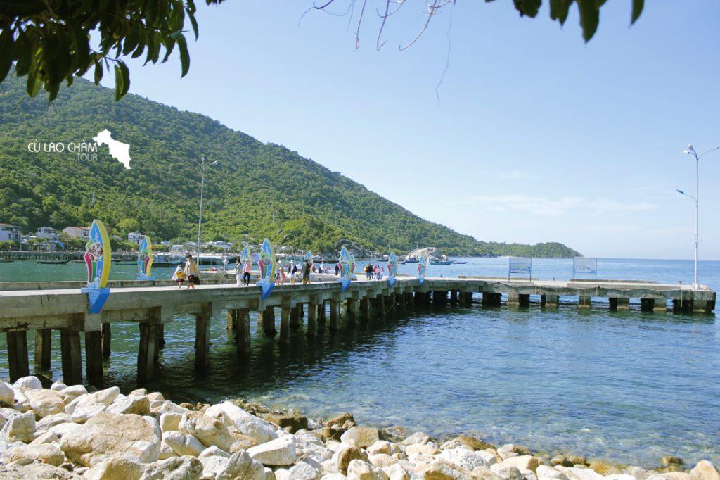 Cầu cảng Cù Lao Chàm - Một trong những điểm check in tại Cù Lao Chàm