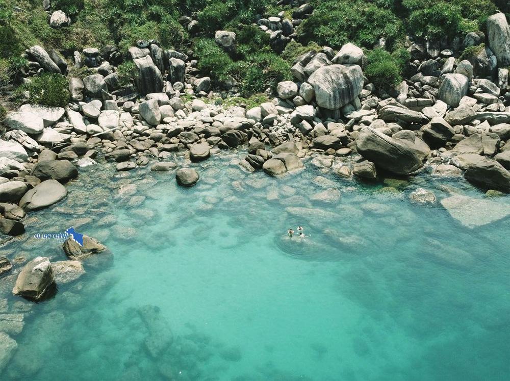 Tắm biển và lặn ngắm san hô đảo Cù Lao Chàm