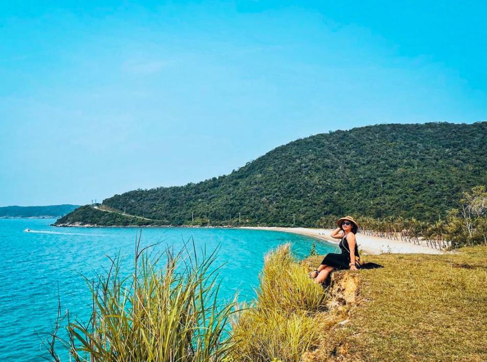 Cù Lao Chàm nổi tiếng với những bãi biển hoang sơ tuyệt đẹp chốn trần gian