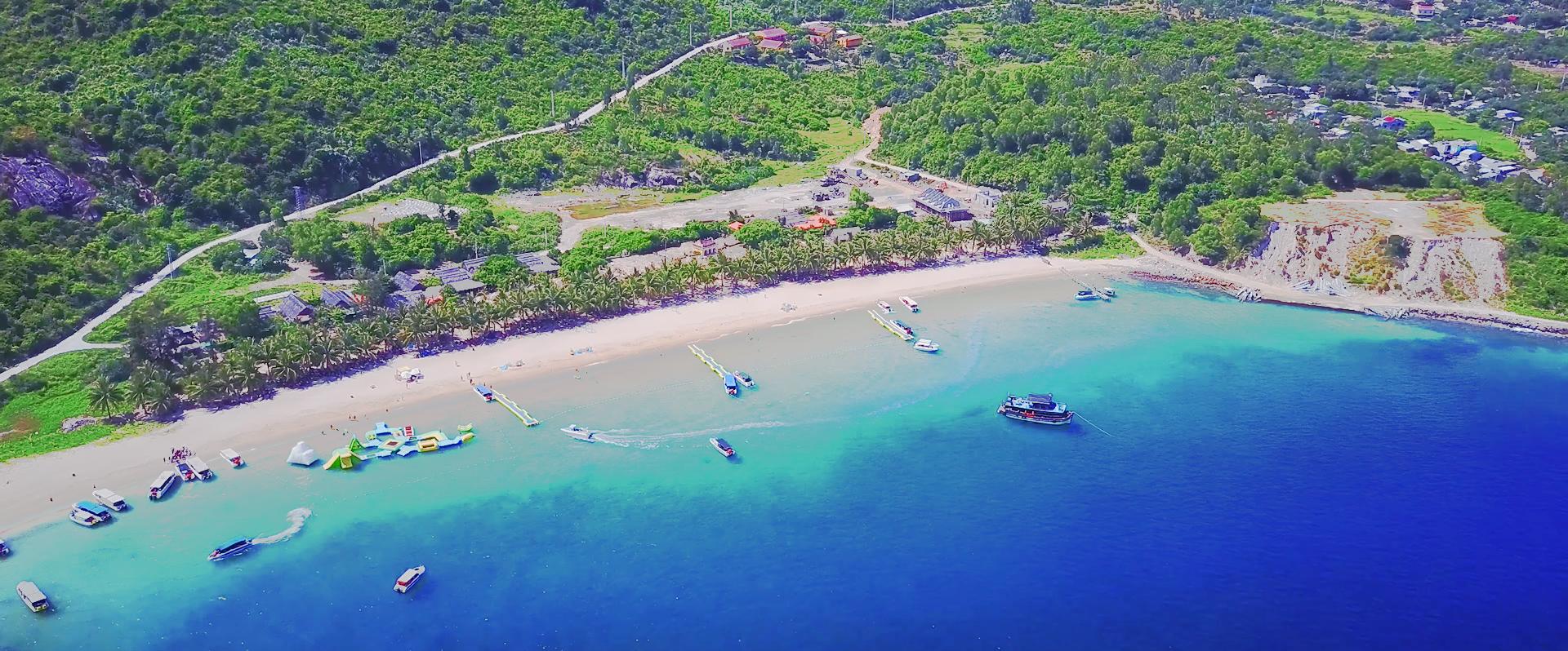 Biển bãi Ông Cù Lao Chàm