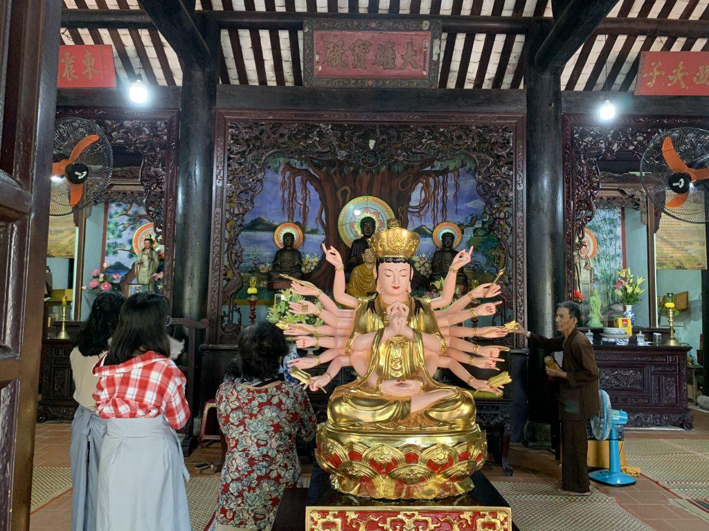 Chính điện Chùa Hải Tạng