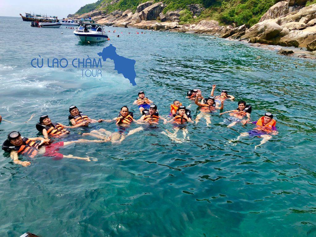 Lặn san hô tại Cù Lao Chàm