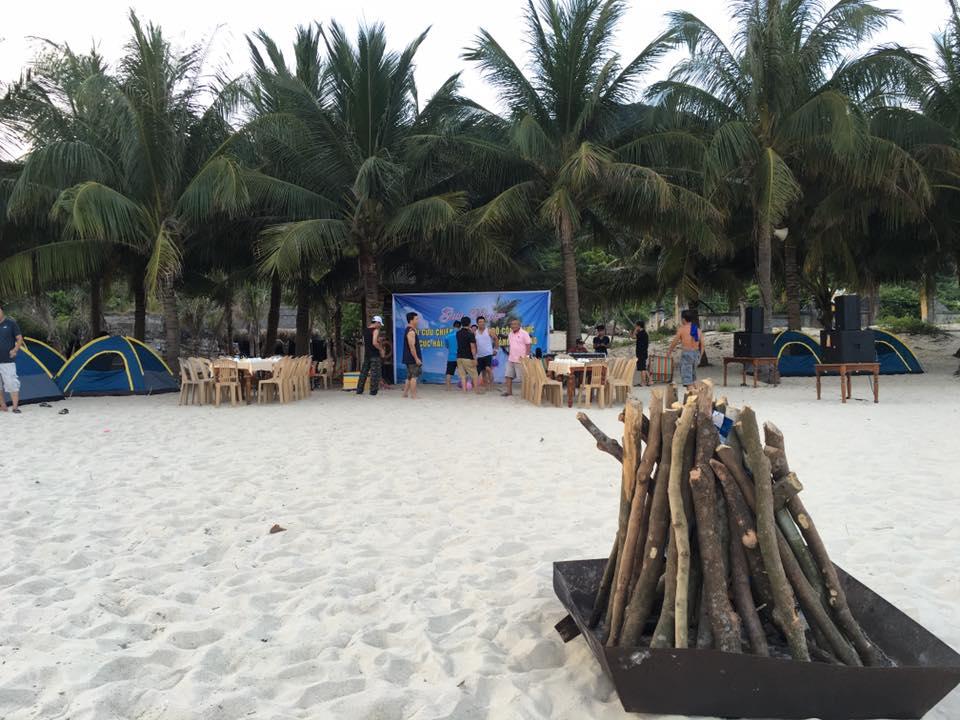 Lửa trại đêm Cù Lao Chàm